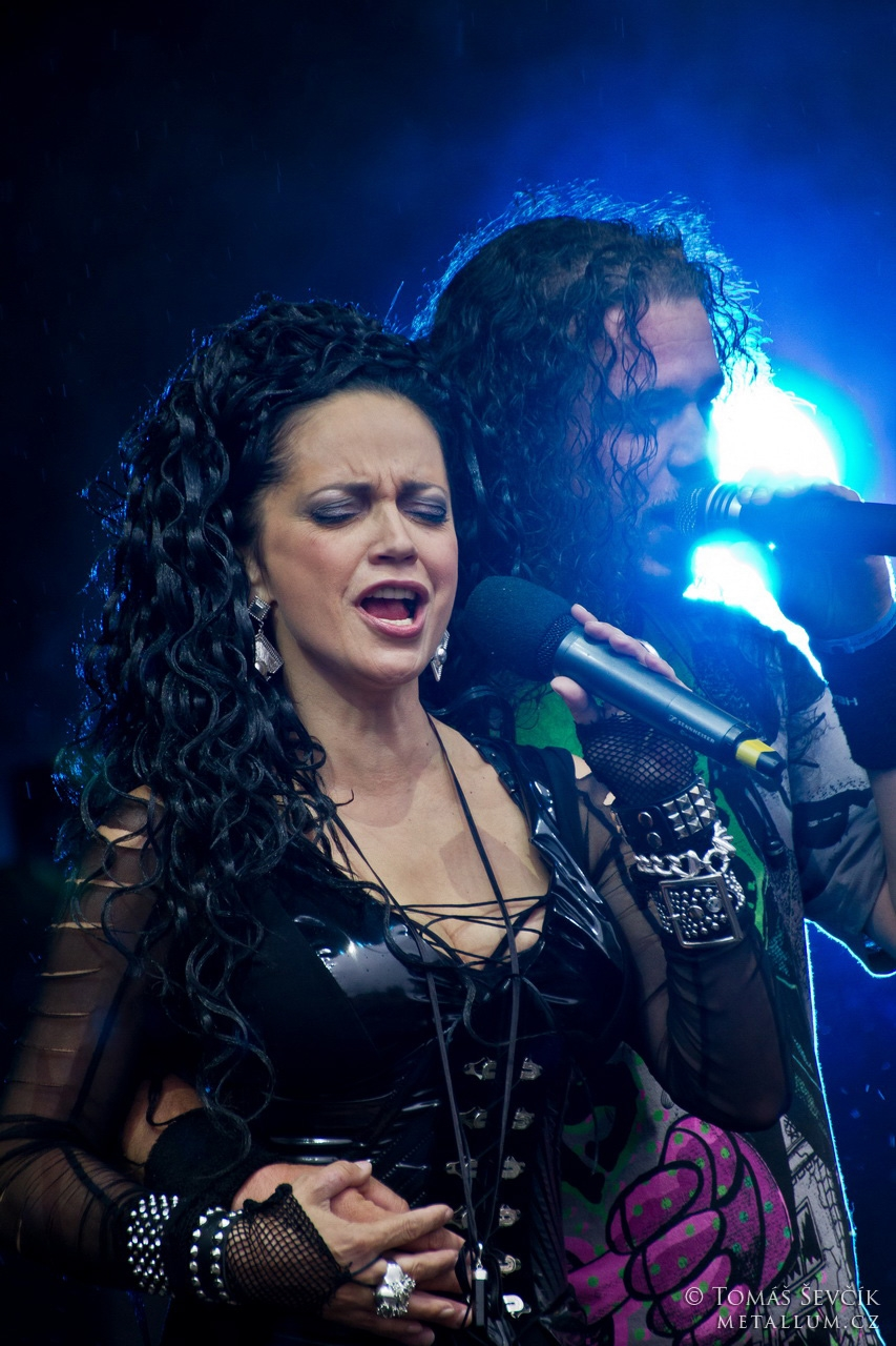 Arakain + Lucie Bílá